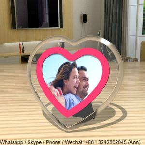 8 Inch Heart Shape Acrylic Photo Frame pictures & photos