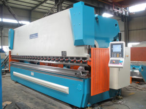 Pbh-200t/3200 CNC Hydraulic Press Brake pictures & photos