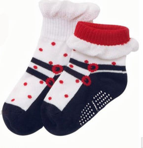 Good Looking Cotton New Born Baby Socks pictures & photos