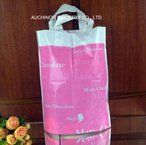 Custom HDPE/LDPE Punch Handle Printed Gift Clear Plastic Shopping Bag pictures & photos