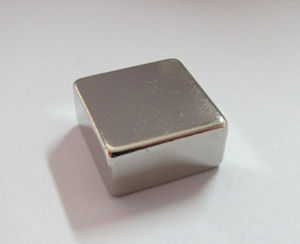 High Performance Sintered Neodymium Block Magnet (Uni-Block-003) pictures & photos