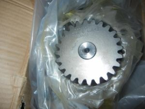 Cummins Oil Pump Gear (3609838) for Ccec Engine pictures & photos