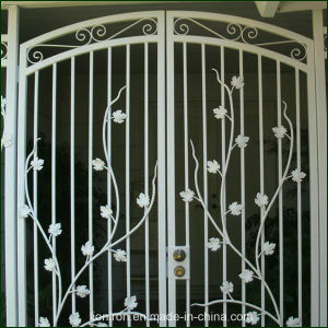 Classical Elegant Design Wrought Iron Double Entrance Gates pictures & photos