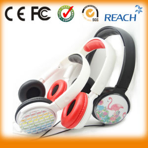 Light Weight/Custom Logo Headphone Manufacturer pictures & photos
