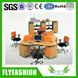 High Quality Wooden Office Desk Three Persons Workstation (OD-68) pictures & photos