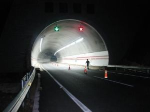 High Power LED Tunnel Light Improve Visibility and Comfort pictures & photos