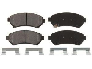 Lamda Complete Set of 4 Front Chamfer Ceramic Disc Brake Pads Right Left 7574-D699