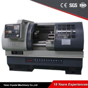 High Quality Precision CNC Bench Lathe Machine Ck6140A pictures & photos