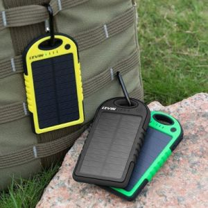 6000mAh Shockproof Dual USB Port Portable Solar Charger pictures & photos
