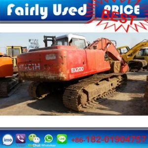 Used Hitachi Ex200-2 Crawler Excavator for Sale pictures & photos