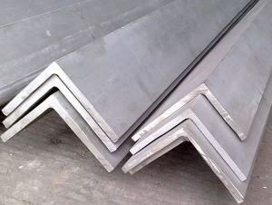 Hot Rolled Angle Steel (SS400) pictures & photos