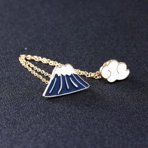 Custom Jewelry FUJI Cloud Enamel Pin Women Collar Tip Chain Pendant Lapel Pin Brooch pictures & photos