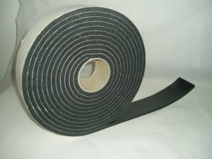 High Quality 1/8′′ X2′′x30′ Single Sided PVC Foam Tape pictures & photos