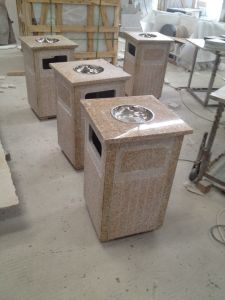 Granite Columns, Yellow Granite, Rusty Yellow Granite pictures & photos