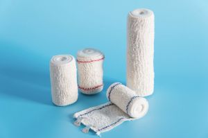 Elastic Crepe Bandage with Red Line Blue Line Ce FDA pictures & photos