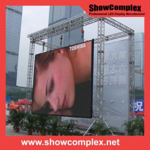 Hot Sell Full Color LED Display Screen for Car Show with Ce Approved (640*640mm pH6) pictures & photos
