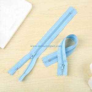 No. 3 Nylon Zipper Pin Lock Slider pictures & photos