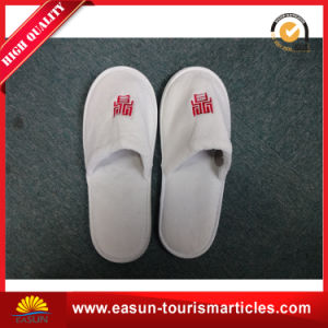 Custom White Hotel Disposable Slippers for Airline pictures & photos