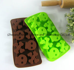 L. H. S Human Bone Halloween Silicone Ice Mold for Popsicle Si30 pictures & photos