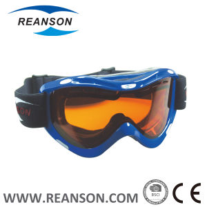 Reanson High Flexibility Frame Widely Face Fit Skiing Goggles pictures & photos