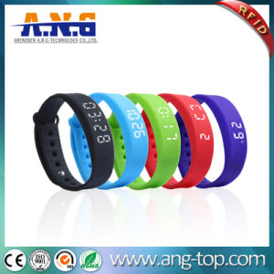 USB Port Sport RFID Silicone Wristbands with FM1108 Chip pictures & photos