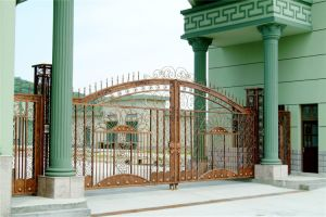 Haohan High-Quality Exterior Security Decorative Wrought Iron Fence Gate 15 pictures & photos