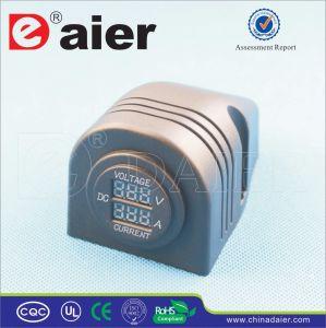 Daier Digital DC Voltmeter Ammeter Lamp 12V 24V Socket (DS8310) pictures & photos