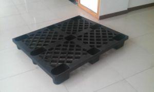 Stackable Durable Storage Plastic Pallet pictures & photos