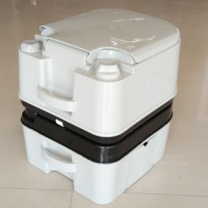 10L 24L Plastic Portable Toilet HDPE Toilet pictures & photos