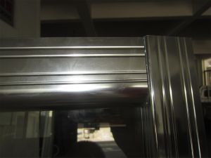 8 mm Shower Screen with Special Groove on The Aluminum Extrusions. pictures & photos