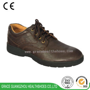 Grace Health Shoes Lace Design Men′s Diabetic Shoes pictures & photos