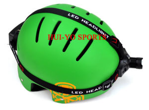 Pathfinder Helmet, Climbing Helmet with Front Light, Expedition Helmet with Head Lamp pictures & photos