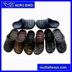 2016 New Popular Men Beach Sandal Clogs (13L117) pictures & photos