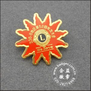 Crown Shape Lapel Pin Brass Badge with Diamond (GZHY-LP-031) pictures & photos