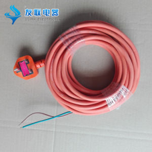 13A BS Fuse Power Plug with Rubber Cable pictures & photos
