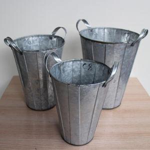 Vintage Grape Wine Barrel Round Iron Bucket with Handle pictures & photos