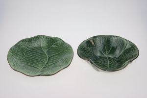 Leaf Design Ceramic Fruit Plate pictures & photos