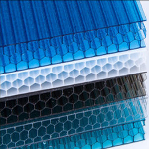 UV Blocking Plastic Honeycomb Polycarbonate Roofing Sheet pictures & photos
