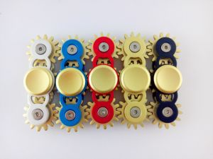 New Style Two-Gear Linkage Metal Hand Fidget Spinner pictures & photos