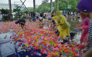 111 Amazing Summer Water Balloon Bomb Color Magic Party Toy pictures & photos