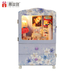 Low MOQ Children Toy Wooden Doll House Musix Box pictures & photos