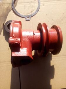 Water Pump for Mtz T80 Tractor pictures & photos