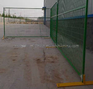 PVC Spraying Construction Temporary Fence with Steel Feet in Any Color (BY-TFA2)