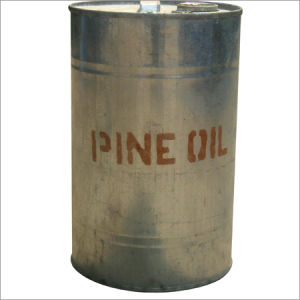 Pine Oil 85% 65% for Detergent pictures & photos