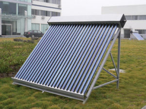 Solar Heating with Heat Pipe pictures & photos