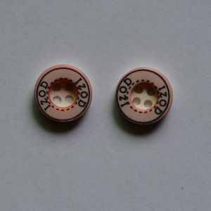 Custom OEM ODM Polyester Resin Shirt Button pictures & photos