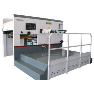 Semi-Automatic Die-Cutting & Creasing Machine pictures & photos
