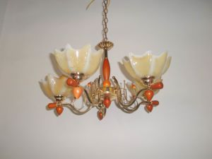 Factory Direct-Sale Flower Gallery Chandelier pictures & photos