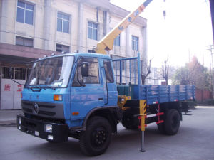 Dongfeng 145 Crane Truck