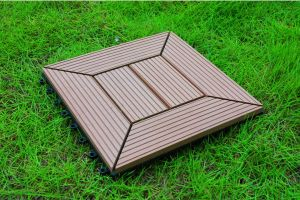 Waterproof and UV Resist WPC Interlocking Tile 20years Warranty pictures & photos